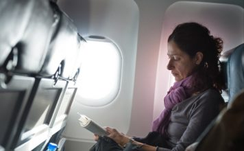 7 Ways For Staying Productive During Flight Delays
